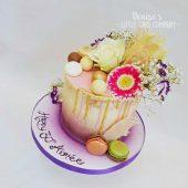 PRETTY-FLOWER-CRIP-CAKE