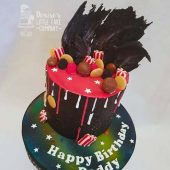 black-drip-cake